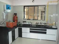 Kitchen Cabinets In Surat À¤°à¤¸ À¤ˆ À¤• À¤…ल À¤® À¤° À¤¸ À¤°à¤¤ Gujarat Kitchen Cabinets Kitchen Pantry Cabinet Price In Surat