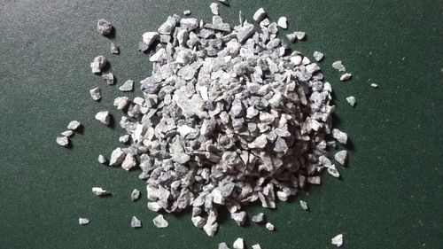 MMArt Uneven Green Marble Crushed Stone Aggregate