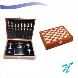 Wooden 8 Oz Chess Barset