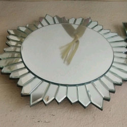 Decorative Glass Mirror, Thickness: 5 - 10 mm