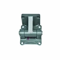 50mm Female Clevis  Mounting
