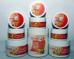 Glamour Apricot-Almond Scrub