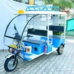 5 Seater Electric Rickshaw
