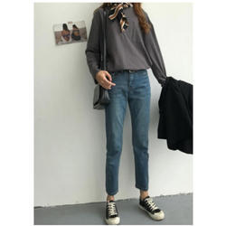 Loose-fit Meong Jeans
