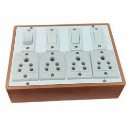 5A I10 PVC 4 Plus 4 Way Switch Board