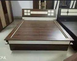 Bedroom Furniture in Surat, बेडरूम फर्नीचर