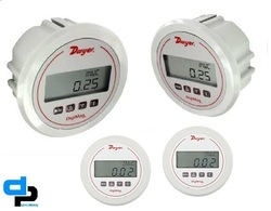Dwyer USA DM-1107 DigiMag Differential Pressure Gauge