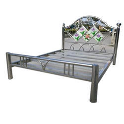 Polished Stainless Steel High Back Bed, For Home, Size: 6x4 Feet