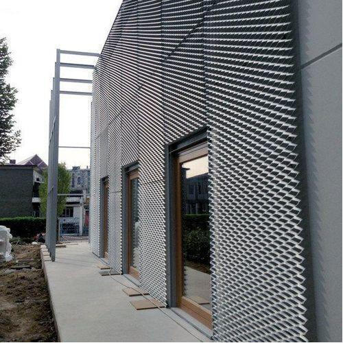 Expandable Mesh for Architectural Decoration