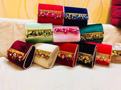 a103805db6c Fancy Velvet Pearl Shell Clutches For Wedding