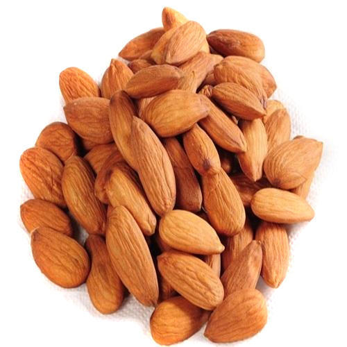 Dry Almond, Packaging Type: Plastic Box