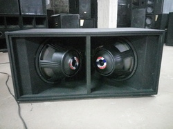 Dual 18'''' LF-7 Bass Fully-louded