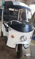 Presta Snow White Electric Rickshaw