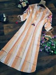 Kurti- Heavy Viscose Rayon 14 Kg With Designer Embroidery On Sleeve