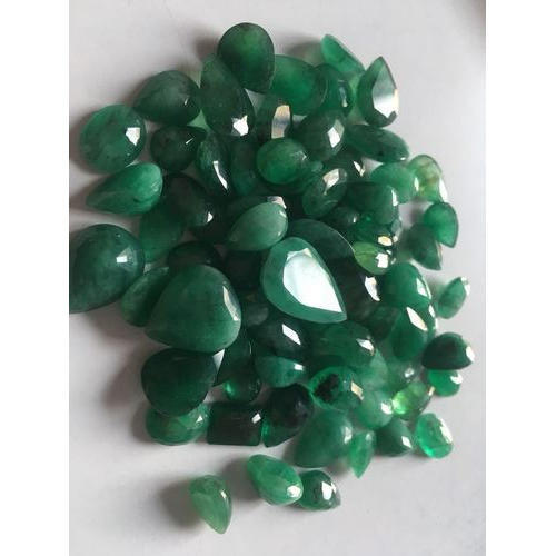 emerald product cushion colombian green r gemstones cut medium il jewels j loose