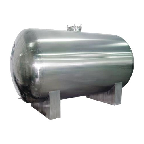Steel Storage Tank, Capacity: 500, 750 & 1500 L