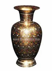 Foliage Synergy Brass Pot