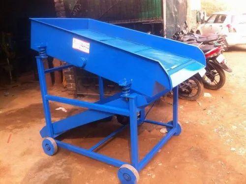 3hp Mild Steel Vibratory Sand Screening, Capacity: 3 Cum/Hrs. (gross), Reduction Gear Box