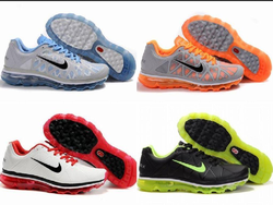 Nike Multicolor Sports Shoes