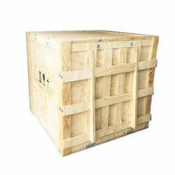 Square 4 Way Wooden Pallet Box, Capacity: 450Kg