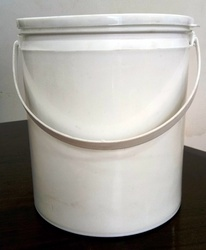 4 L Plain Paint Bucket