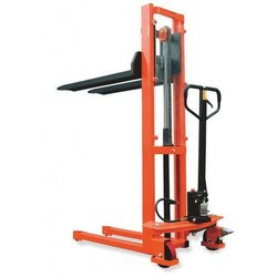 Manual Stacker 1.5 Ton