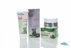 Glowcia - E Cream ( Aloe Vera Vitamin A & E )