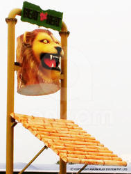 Lion Tilting Bucket