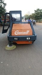 Road Sweeping Machine Supplier