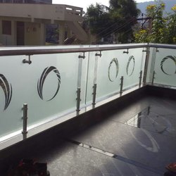 Itching Glass Balcony  Railings