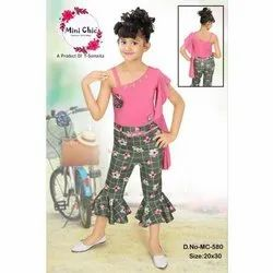 Cotton Casual Wear Kids Designer Top with Printed Capri Set,  Age: 3-9 Years
