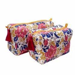 Multicolor Hand Handled Cosmetic Bags, Packaging Type: Export Packaging