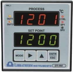 Temperature And Process Indicator With Fixed/Universal Input