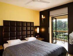 Premium Suite Rental Service