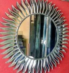 Silver Glass Round Designer Mirror, Size: 15 Inch