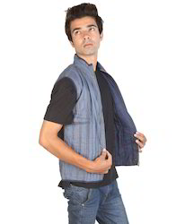 Blue Sleeveless Standup Collar Machine Quilted Striped Reversible Men Jacket, Size: Small