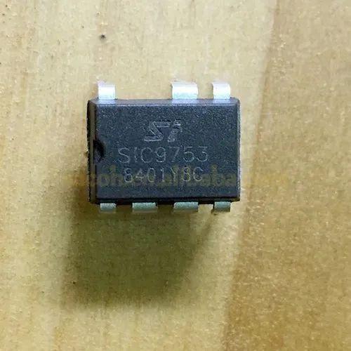 2 KB Microcontrolador Pic//Dspic 16bit 16 KB 32 MHz propósito general 44 Pines