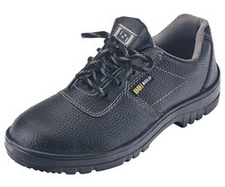 Bigg Boss Bold Safety Shoes