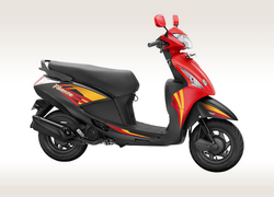 Red And Black Hero Pleasure Plus SM Scooter