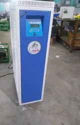 Three Phase Automatic Static Voltage Stabilizer, For Commercial, Floor