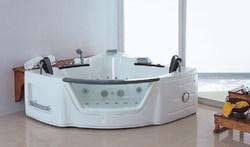 STEAMERS INDIA White Jacuzzi Mage Tub Model No Si-050 ... on