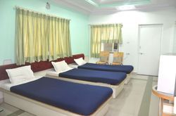 3 Bed Ac Room