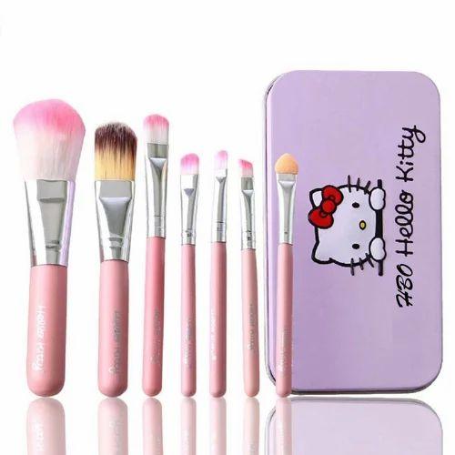 af1a5afa08f Hello Kitty Makeup Brush Set