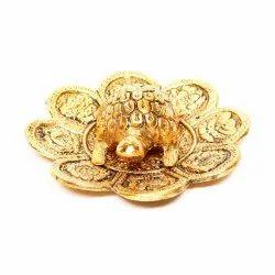 Handcrafted Metal Golden Tortoise Plate