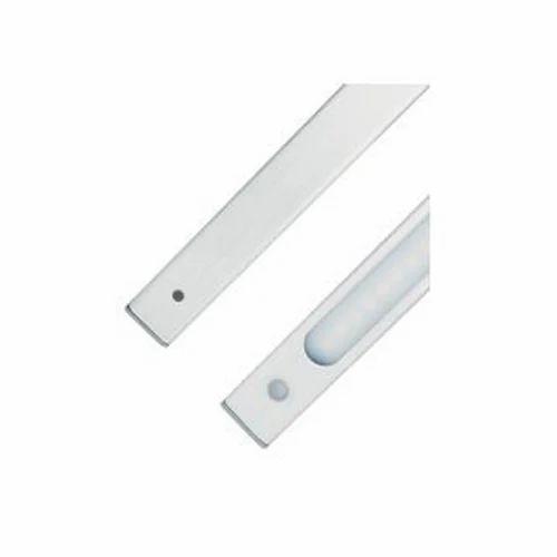 12w Led Cabinet Light 12 W Rs 525