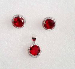 925 Sterling Silver Italian Style Earring Pendent Set With Ruby