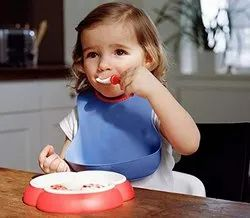 Soft Comfortable Baby Bibs With Food Catching Pocket