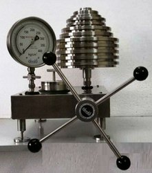 Oil Dead Weight Tester