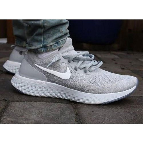 evaluar Tarjeta postal Ejercicio mañanero  Sports Wear Mens Grey Nike Shoes, Size: 6-10, Packaging Type: Box, Rs 2200  /pair | ID: 20505324830