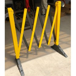 Expandable Barrier Heavy With Solid Rubber Base